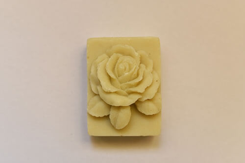 Sapun model floral - trandafir